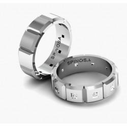 Обручальные кольца из золота 18 карат с бриллиантами огранки «принцесса»