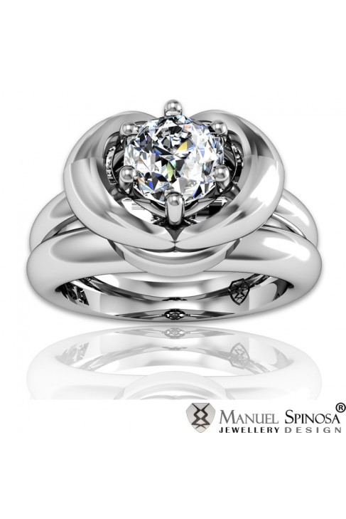 white gold engagement ring with diamond and 36 brilliants