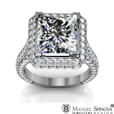 princess cut diamond ring with 128 brilliants
