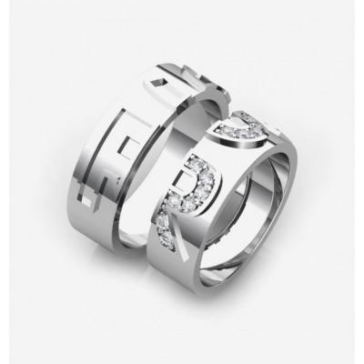 Обручальные кольца с буквами из золота с бриллиантами