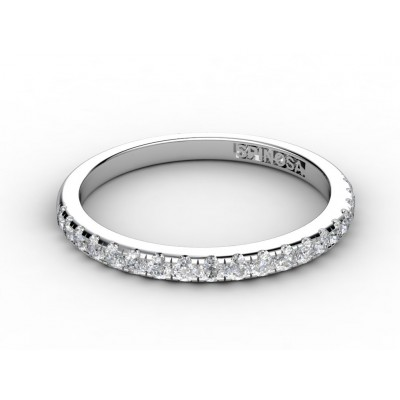 18K white gold wedding ring with a diamonds