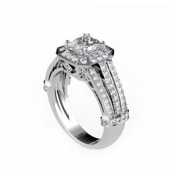 anillo de compromiso con un diamante en talla princesa y oro blanco 18k