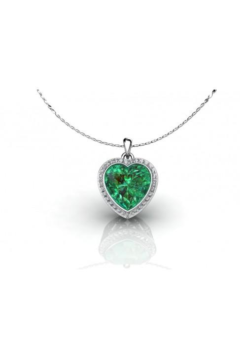 Colgante en forma de corazon con cuarzo verde y brillantes