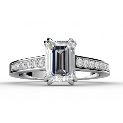 Solitaire ring with Rectangular Emerald Cut Diamond