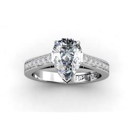 Solitario diamante talla pera