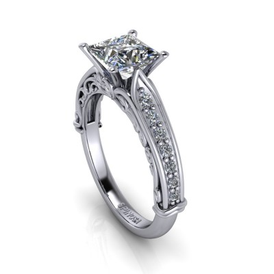 Diamond Princess cut with Vintage Style and Brilliants