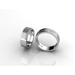 alianza de boda con huella dactilar y diamantes