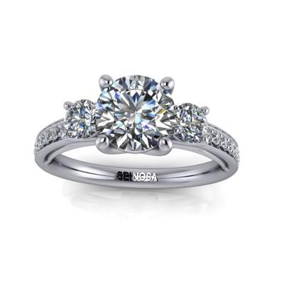 Anillo Trilogy de Diamantes talla Brillante
