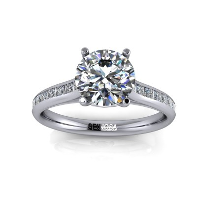 Diamons Oval Cut Solitaire