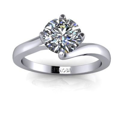 Brilliant Solitaire Ring with Cross Claws