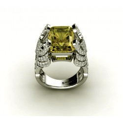 Attractive Gemstone Ring With Lemon Quartz and Diamonds