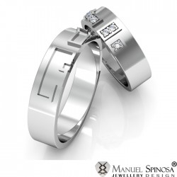 engraved 18 karat white gold wedding rings