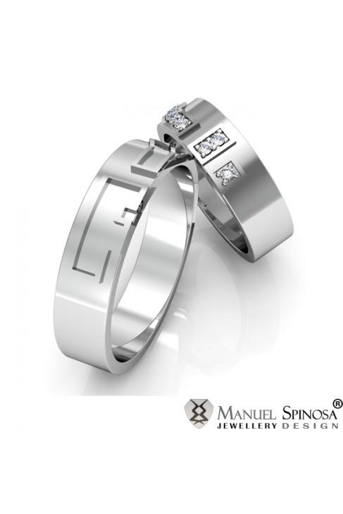 engraved 18 karat white gold wedding rings