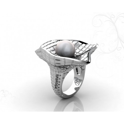 Exclusive 18k White Gold w/ Cultured Pearl Ring