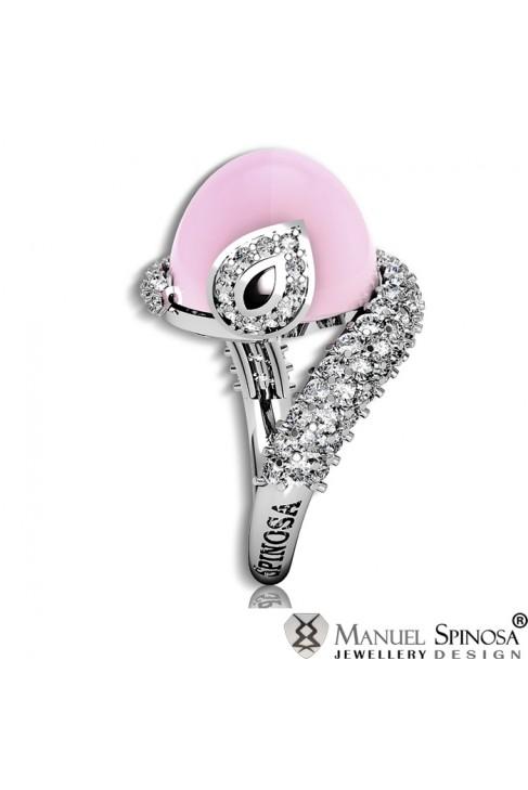 fine rose quartz ring with 95 brilliants
