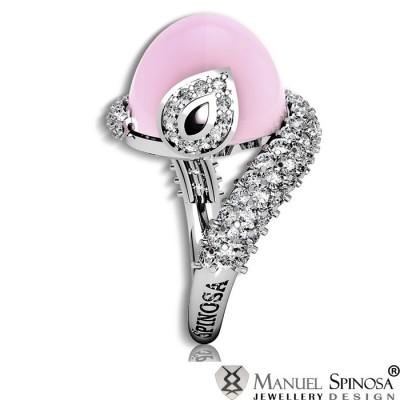 anillo de oro blanco con cuarzo rosa y diamantes