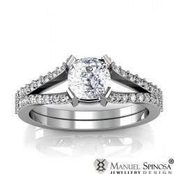 innovative designer diamond ring with 40 brilliants
